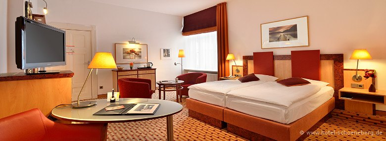 superior-doppelzimmer-oben-hotel-schoeneberg